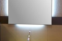 1 Specchio molato 5mm. con neon perimetrali sui 4 lati